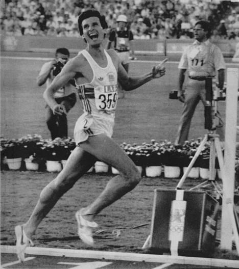 Sebastian Coe juoksi olympiakultaan 1500 metrillä Los Angelesissa 1984.