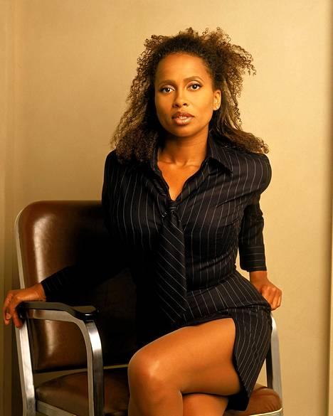Lisa Nicole Carson katosi sarjan päättymisen jälkeen kokonaan julkisuudesta.
