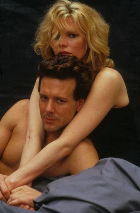 9 1/2 viikkoa toi Kim Basingerille ja Mickey Rourkelle seksisymbolin maineen.