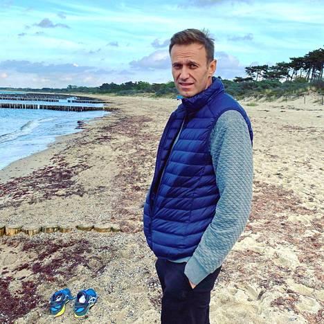 Navalnyi on julkaissut sosiaalisessa mediassa kuvia toipilasajaltaan Saksassa.