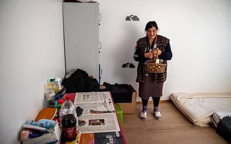 Ioana Silion on kiitollinen siitä, että perheellä on ollut oma huone hätämajoituksessa maaliskuusta lähtien. Tavallisesti kaikille halukkaille ei ole ollut majoituksessa tilaa.