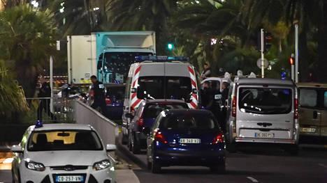 Nizzan terrori-iskussa kuoli 84 ihmistä.