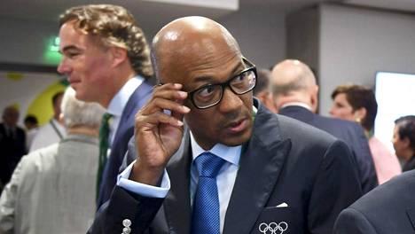 Frankie Fredericks Kansainvälisen olympiakomitean kokouksessa vuonna 2016.