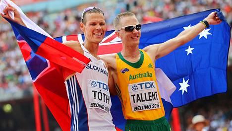 Matej Toth juhli MM-kultaa. Jared Tallent sai hopeaa.