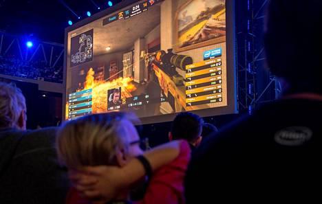 Counter Strike: Global Offensive -turnaus Puolassa.