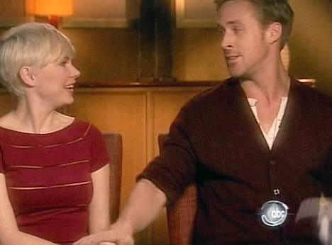 Michelle Williams ja Ryan Gosling kiistävät seurustelun.