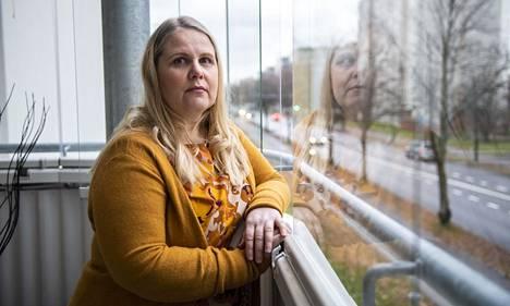 Pia Puumalaisen kipujen kierre sai alkunsa heinäkuussa 2015 sattuneesta työtapaturmasta.