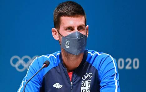 Maailman kukaties kaikkien aikojen paras tennispelaaja Novak Djokovic on Tokion olympiakisojen suurin megatähti.