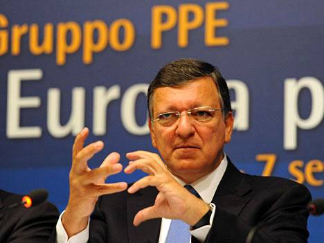 EU-komission puheenjohtaja Jose Manuel Barroso pitää aamupäivällä Strasbourgissa EU:n tilaa käsittelevän puheen, jossa hän esittelee komission suunnitelman pankkiunionista.