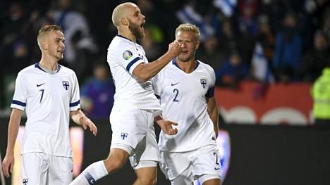 Teemu Pukki iski kaksi maalia Liechtensteinin verkkoon Suomen varmistaessa EM-kisapaikan.