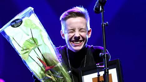 QX Gay Gaala järjestettiin nyt neljättä kertaa. 16-vuotias Tuure Boelius valittiin vuoden homoksi.