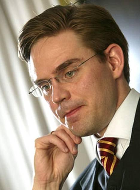 Jyrki Kataisen mukaan ohjelmassa on arvovalintoja.