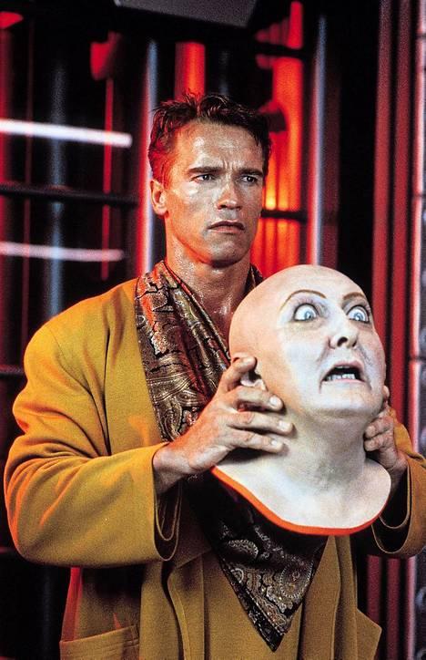 Vuoden 1990 Total Recall -elokuvan pääosassa nähdään Arnold Schwarzenegger.