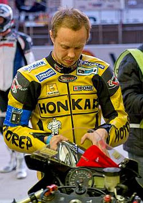 Sami Penna sai kunnian aloittaa Le Mansin kisan.