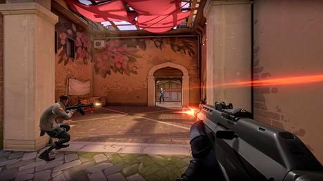 Valorantin takana on pelijätti Riot Games, joka tunnetaan League of Legends -pelistä.