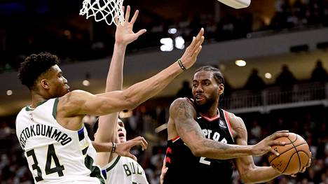 Milwaukee Bucks voitti Toronto Raptorsin.