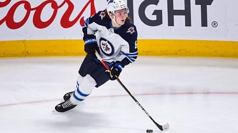 Sami Niku on hyökkäävä puolustaja, joka jäi ilman roolia Winnipeg Jetsissä.