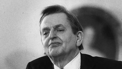 Pääministeri Olof Palme murhattiin 1986.