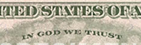 Lause In God We Trust löytyy mm. dollarin seteleistä.