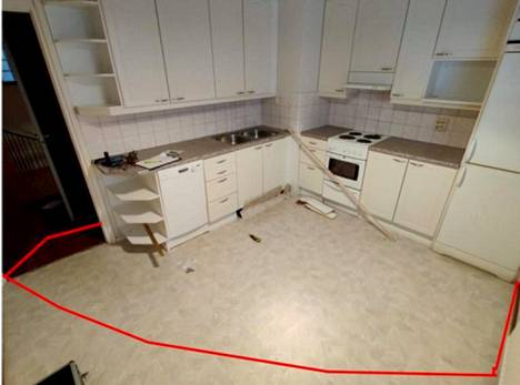 Keittiön lattia kastui kuvassa rajatulta alueelta.