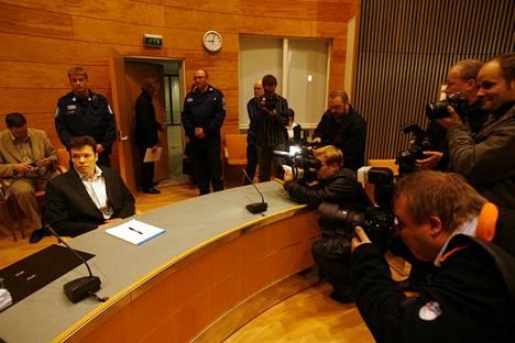 Jarmo Björkvist oikeudessa 12.12.2006.