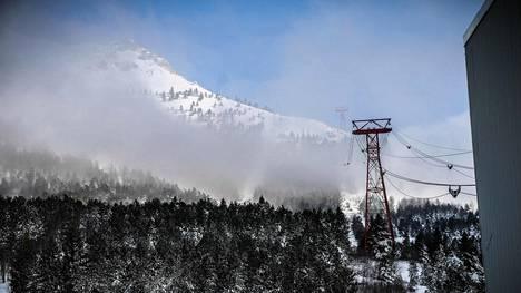 Pelastushelikopterin kerrotaan pudonneen Apenniinien vuoristoon Italiassa.