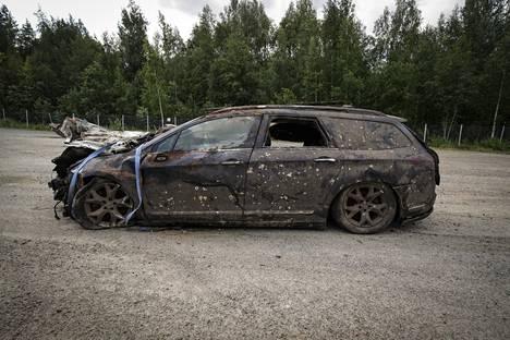 Auton nosto-operaatio oli haastava.
