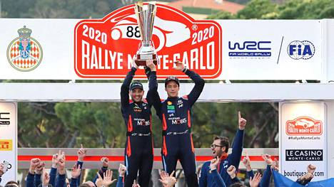 Thierry Neuville nousi rallin voittoon loistavan päätöspäivänsä ansiosta.