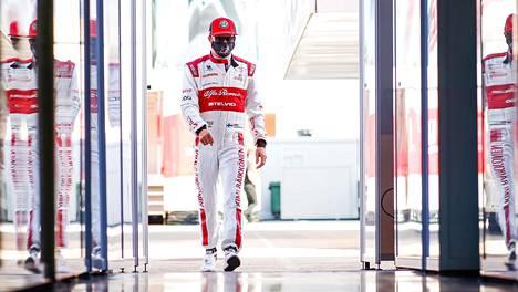 Kimi Räikkönen on kaikkien aikojen kokenein F1-kuljettaja.