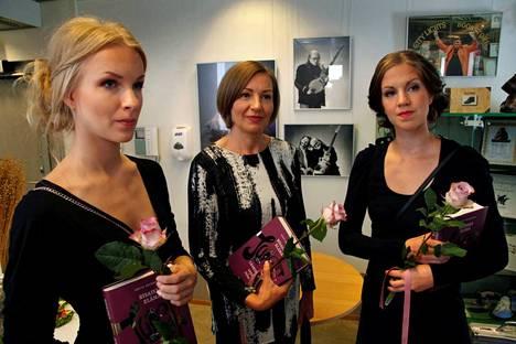 Eeva Leskinen (vas.) Annele Isomäki ja Annaliina Gabel.