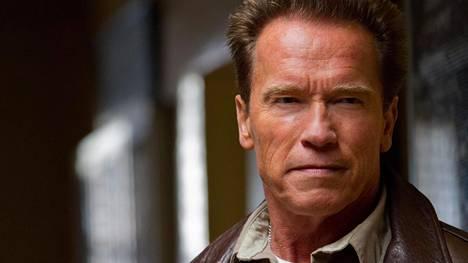 Arnold Schwarzenegger innostui räppäämään australialaistähden kanssa.