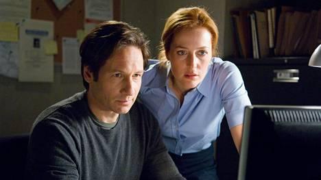 David Duchovny ja Gillian Anderson tulevat hyvin juttuun sekä siviilissä että tv-sarjassa.