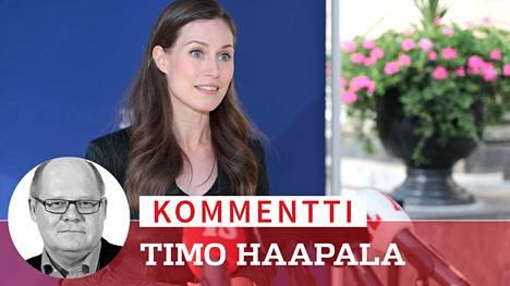 Pääministeri Sanna Marin kommentoi koronarajoituksia eilen Säätytalon portailla.