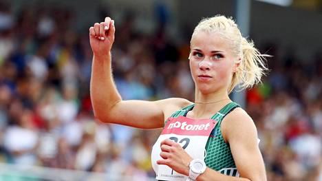 Alisa Vaino sanoo olevansa iloinen, että on päässyt palaamaan juoksuradoille.