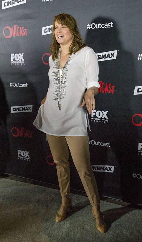 Näyttelijä Lucy Lawless poseerasi kuvaajille Kaliforniassa torstaina 9. heinäkuuta.
