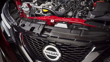 Nissan Qashqai on vuodesta toiseen ollut suomalaisten suosikkiauto Skoda Octavian rinnalla. Oikeastaan vain nämä kaksi mallia ovat taistelleet myyntitilastojen piikkipaikasta.