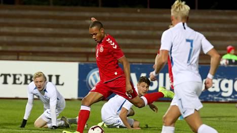 Nikolas Nartey teki Tanskan voittomaalin.