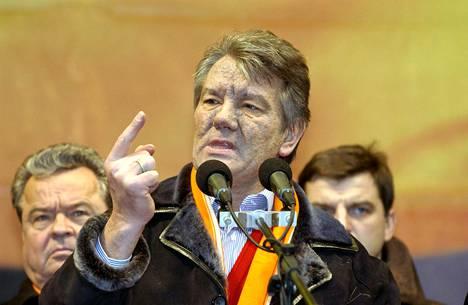 Viktor Justshenko pyrki Ukrainan presidentiksi.