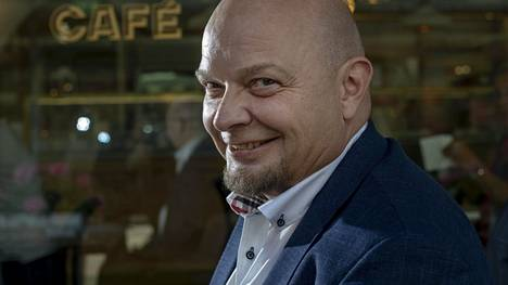 Ilta-Sanomien Kuukauden kotimainen Pitkänokka, alkujaan Hipinluihake on ollut Arto Häggin rakkain ja tunnetuin hahmo jo yli 40 vuoden ajan.