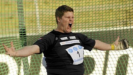 Olli-Pekka Karjalaisen karjunta toi jälleen Suomen mestaruuden.