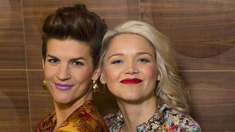 Anna-Maija Tuokko ja Maria Ylipää nähdään joukkuekapteeneina uudessa tv-visailussa.