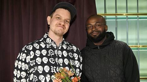 Tuottaja Totte Rautiainen ja artisti Jesse Markin (oik) Teosto-palkintoehdokkaiden julkistustilaisuudessa Helsingissä 12. helmikuuta 2020.