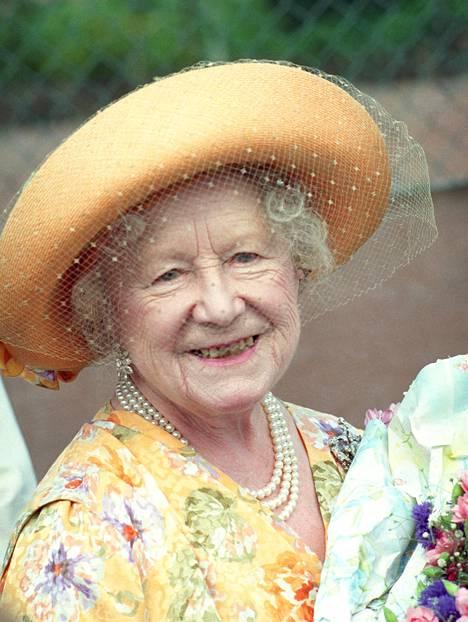 """Kuningataräiti"" Elizabeth Bowes-Lyon menehtyi vuonna 2002."