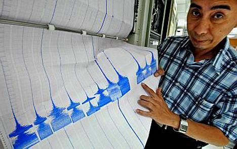 Maa vavahteli Taiwanissa ensin 6,5 richterin voimakkuudella, ja muutamaa minuuttia myöhemmin seurasi vielä 5,7 richterin jälkijäristys.