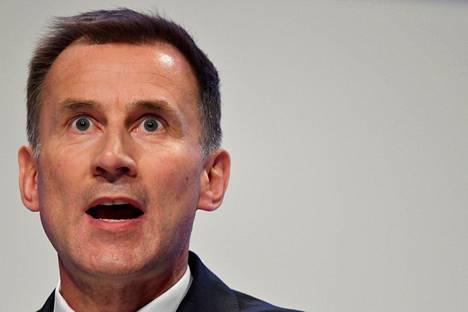 Britannian ulkoministeri Jeremy Hunt varoitti Venäjää.