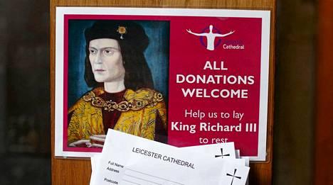 Auttakaa meitä hautaamaan Richard III. Leicesterin katedraali kerää yleisöltä lahjoituksia kuninkaan hautauskulujen kattamiseksi.
