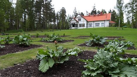 Presidentti Pehr Evind Svinhufvudin kotimuseo Kotkaniemi avattiin peruskorjauksen jälkeen Luumäellä Etelä-Karjalassa toukokuussa. Svinhufvud osti Kotkaniemen tilan vuonna 1908.