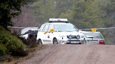 Engla-tytön ruumis löytyi Hedesundasta huhtikuun puolivälissä 2008.