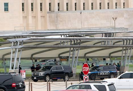 Ampumavälikohtaus tapahtui bussipysäkillä Pentagonin edustalla.