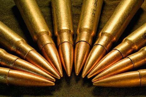 Sakon tarkkuus kivääri ja Lapuan patruunat kiinnostavat mysö Isistä.